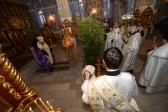 Епископ Николай совершил утреню с акафистом Рождеству Христову в Успенском кафедральном соборе