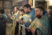 Епископ Николай совершил утреню с чтением акафиста Божией Матери в Успенском кафедральном соборе.